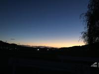 定点観察!??「♪いつ~~もの場所でいつも会う~♫・・・美しい西の空」編 - 納屋Cafe 岡山