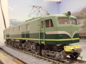 大物?置物?16番EF584入廠 - 新湘南電鐵 横濱工廠3