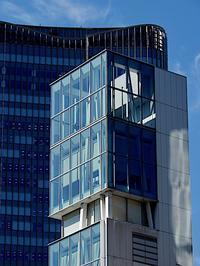 ガラス壁 - 四十八茶百鼠(2)