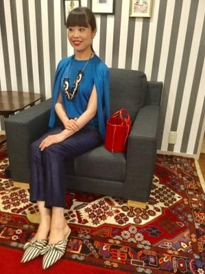 「シルクニット」Blueをどう着る・着画編 - madameHのバラ色の人生
