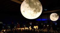 二条城の月 - Blue Planet Cafe  青い地球を散歩する