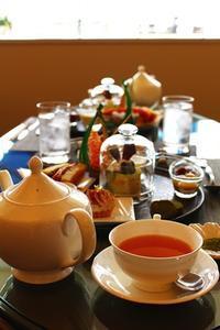 お茶尽くしのアフタヌーンティ - 神戸・芦屋発 お茶とお菓子とテーブルコーディネート