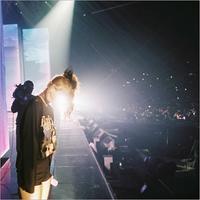 BLACKPINK ジェニー&リサ、初の単独コンサートで撮ったお互いの写真を公開 - Niconico Paradise!