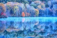 戸隠高原 鏡池の紅葉 2 - 光 塗人 の デジタル フォト グラフィック アート (DIGITAL PHOTOGRAPHIC ARTWORKS)