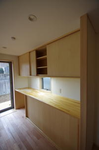 キッチン背面家具・シナ、引戸 - K+Y アトリエ一級建築士事務Blog