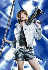 藍井エイル「アクセンティア」:メロディアスなギターを追い風にして颯爽と駆け抜ける歌声 - inthecube