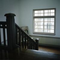 踊り場の窓 - またいつか旅に出る