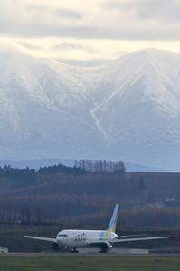 色あせる季節~旭川空港~ - 自由な空と雲と気まぐれと ~from 旭川空港~