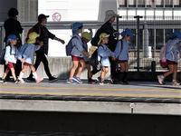 藤田八束の鉄道写真@人材不足が不況の原因を作る可能性、外国人労働者受け入れ問題の解決を急げ・・・野党諸君にお願い - 藤田八束の日記