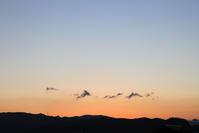 稜線。 - 青い海と空を追いかけて。