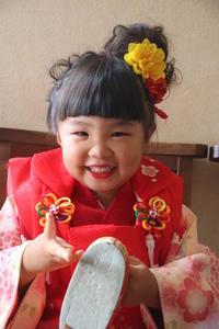 七五三三歳前撮りお詣り着付け髪型ヘアアレンジ手作り髪飾り着物さくら市美容室エスポワール - 美容室エスポワール