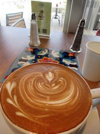 【Urth Caffe】アースカフェで玉子サンド - お散歩アルバム・・冬本番