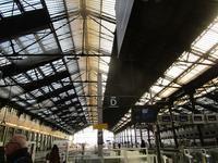 パリのリヨン駅でA la gare de Lyon - フランス Bons vivants des marais