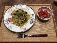 【献立】茄子と舞茸のバター醤油パスタ、ミニトマトのサラダ - kajuの■今日のお料理・簡単レシピ■