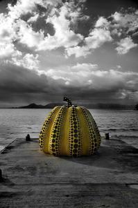 海辺のカボチャ - 風の香に誘われて 風景のふぉと缶