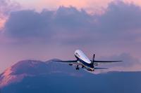 フラットな空港 KMJ - Travel Diary