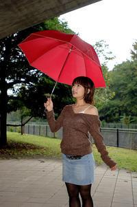 Red umbrella - カメラ遊び