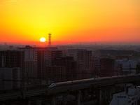 日の出と新幹線 - 風任せ自由人