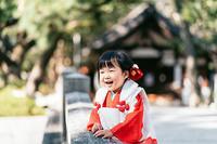 七五三☆あどけない笑顔に可愛い3歳のお祝い着姿 - それいゆのおしゃれ着物レンタル