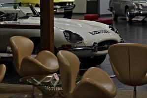 『 SWAN CHAIR & JAGUAR E-type Roadstar 1965 』 -