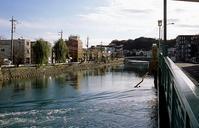 河畔にて(その3) - そぞろ歩きの記憶