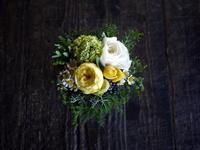 新築のお祝いにアレンジメント。2018/11/30。 - 札幌 花屋 meLL flowers