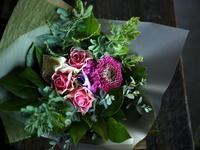 定期演奏会に出演される女性への花束。2018/12/02。 - 札幌 花屋 meLL flowers