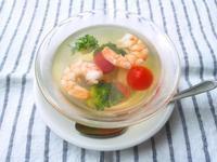 うずらの卵、海老、野菜のゼリー寄せ - Minha Praia