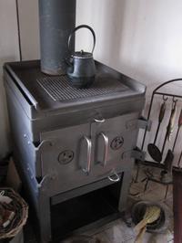 薪ストーブの火入れ - ギャラリーファブリル