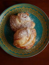 貝をイメージしたカスタードクリーム入り『ナポリタン』 - Baking Daily@TM5