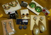 Earrings - carboots