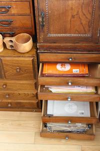 アトリエでのシートフェルトの収納 - フェルタート(R)・オフフープ(R)立体刺繍作家PieniSieniのブログ