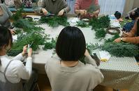 Xmasフレッシュリースワークショップ報告 - double knit clover(ダブルニットクローバー) ブライダルフラワー 京王線