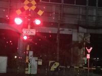 ♪街の灯り~ちらちら・・・♫「は、無いのですが、♪雨の雫ちらちら~~♫」編 - 納屋Cafe 岡山