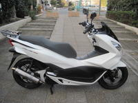 オプション付きPCX150入荷 - バイクの横輪