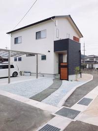 玄関アプローチ完成 - ishii kensetsu