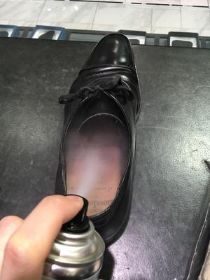 これで座敷も怖くない - シューケア靴磨き工房 ルクアイーレ イセタンメンズスタイル <紳士靴・婦人靴のケア&修理>