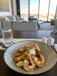 海老のサラダと、ベジタリアンインド料理 - bluecheese in Hakuba & NZ:白馬とNZでの暮らし