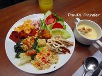 バンコク2日目✩今宵の宴はイスラエル料理で! - 酒飲みパンダの貧乏旅行記 第二章