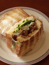 月曜日の昼ご飯は娘のサンドイッチ♪ - Baking Daily@TM5