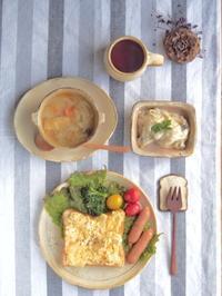 スクランブルエッグトーストの朝ごはん - 陶器通販・益子焼 雑貨手作り陶器のサイトショップ 木のねのブログ