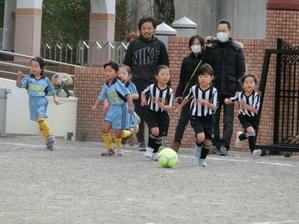 サッカー大会予選1日め -