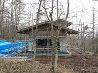 自然素材で建てる太陽熱で床暖房するソーラーシステム「そよ風」平屋別荘山中湖富士急湖畔別荘地 - 自然素材の家造りブログ