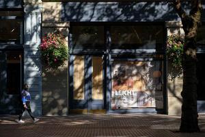 プラタナス通りで on a street, Seattle #FUJIXPro2 - のんたんのデジタルな風景