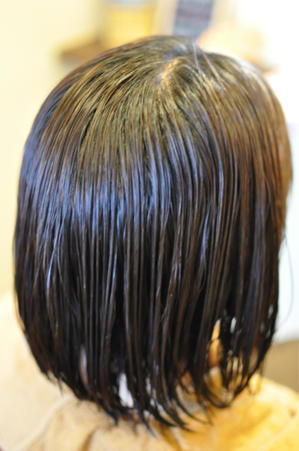 「部分的に固まっているタイプの白髪染め」 - 観音寺市 美容室 accha