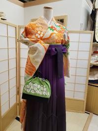 卒業式は袴で華やかに - たんす屋新浦安店ブログ~毎日キモノLIFE!~