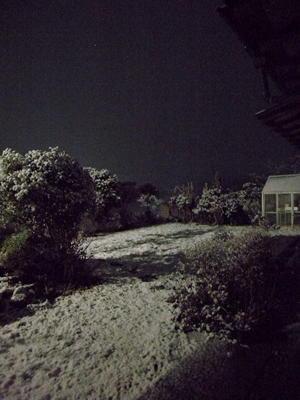 湿り気を帯びた雪 - スズキヨシカズ幻燈画室