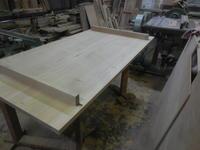 ダイニングテーブルの吸付き桟 - 手作り家具工房の記録