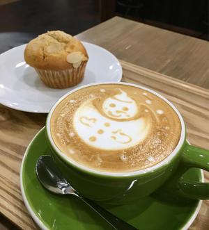 スノーマンのラテアート? SUNNY COFFEE@人形町 - LIFE IS DELICIOUS!