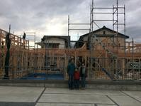 2台分のガレージがある平屋の自然素材の家裾野市佐野工事の様子 - 自然素材の家造りブログ